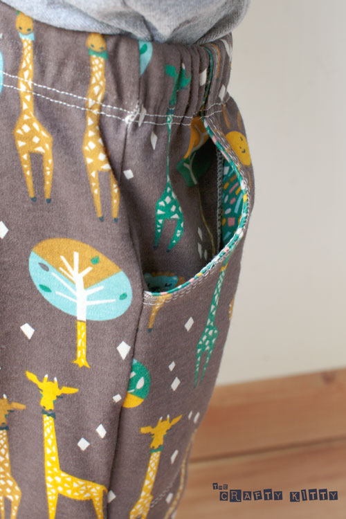 Free PDF Pattern | Knit Shorts for Kids | by The Crafty ...